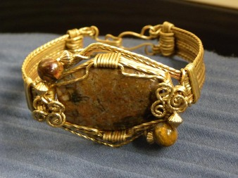 Rose Gold Jewelers Bronze Square Wire and Brown Gemstone Cabochon Bracelet
